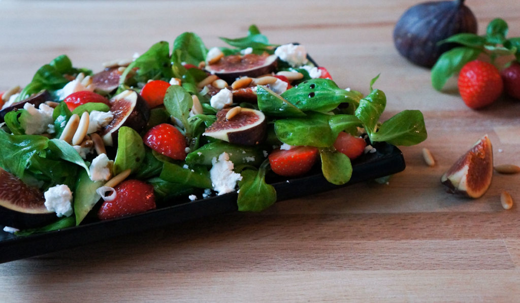 salad_challenge_figs_strawberry_2_a_teaspoon_of_renate