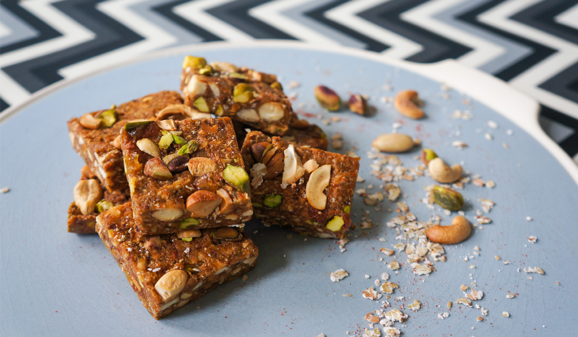 Gluten free cashew bars with a spicy twist