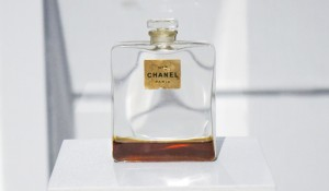 chanel_the_legende_-expo_a_teaspoon_of_renate
