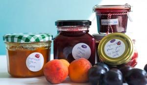 plum_jam_apricot_jam_a_teaspoon_of_renate